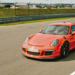 Porsche_orange_start