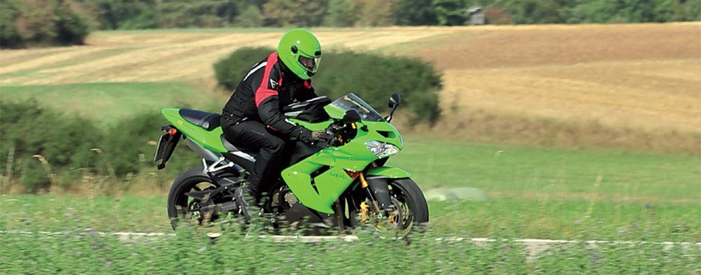 Motorrad_gruen_Roding_start_03